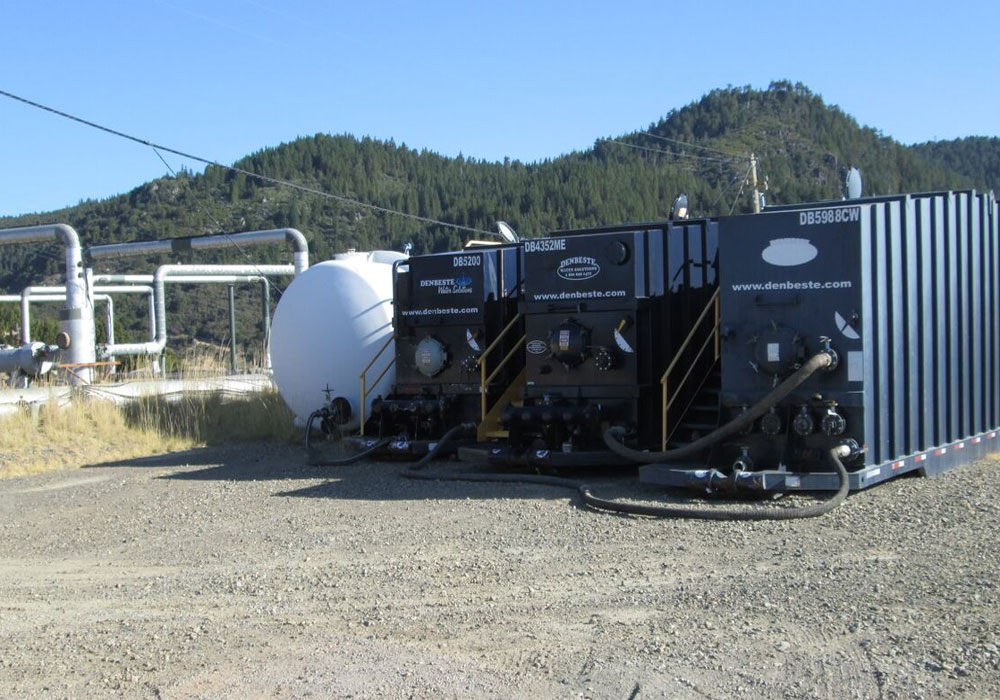 DenBeste provides liquid holding tanks, dewatering bins and roll-off boxes at geothermal project.